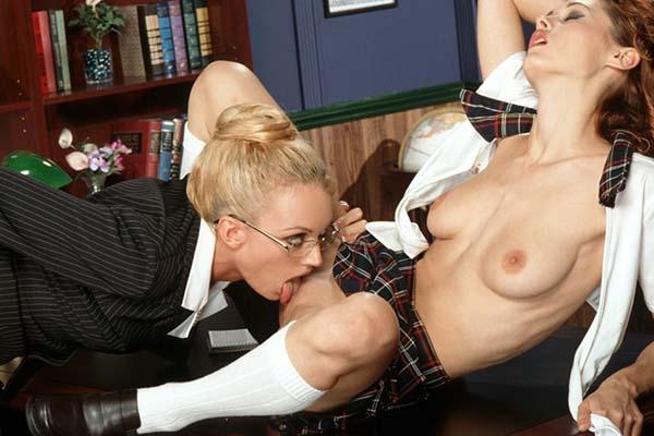 парно и секс с учительницей